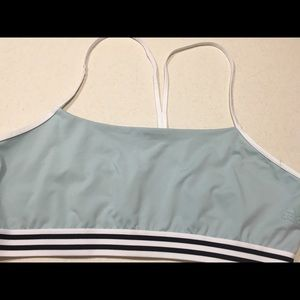 Never worn XL Adidas sports bra